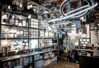 Szeged, Otthon-Lux lámpa ajándék üzlet, EGLO SHOP IN SHOP