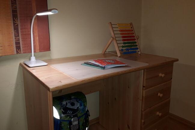 EGLO LAROA íróasztali lámpa